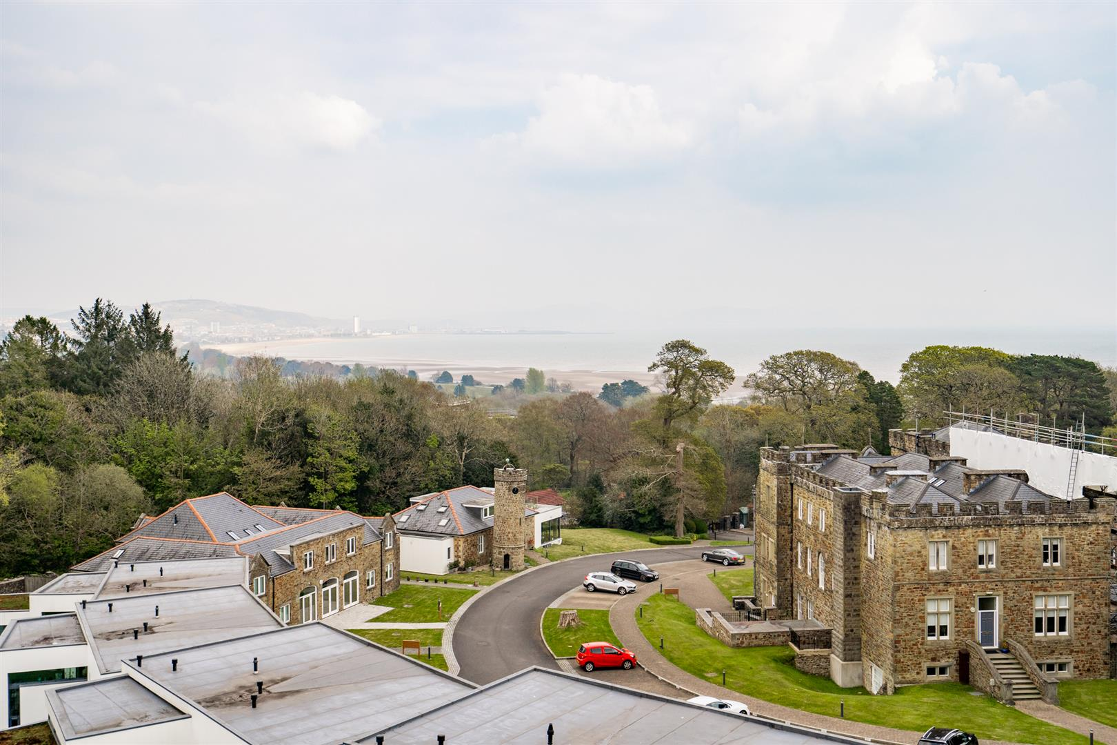 Upper Castle View, Blackpill, Swansea, SA3 5BY
